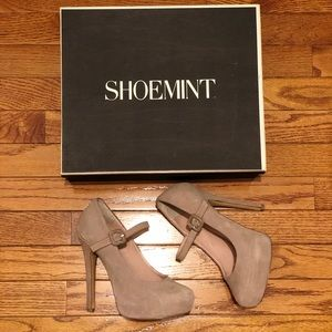 Shoemint Molly Maryjane Platform heels in Blush